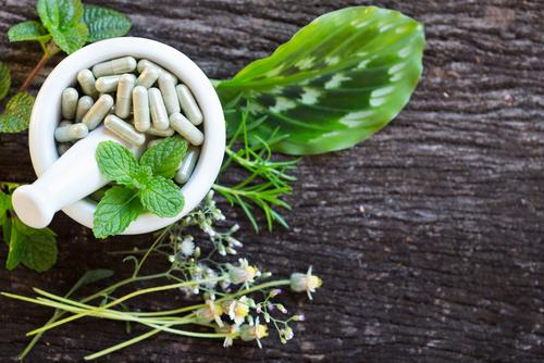 Perlukah Sertifikat Halal Untuk Produk Obat Herbal?